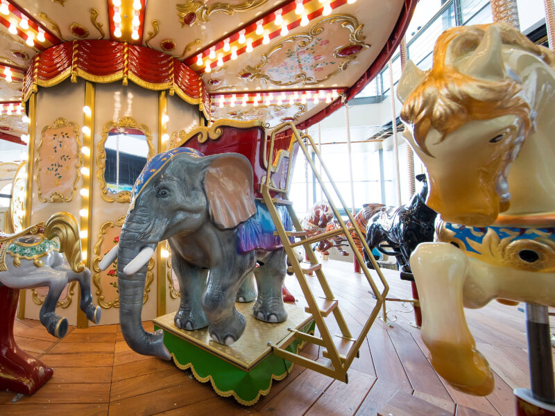 Elephant and Horse carousel ride